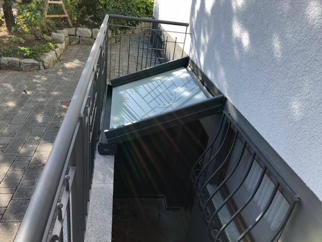 Kellerüberdachung